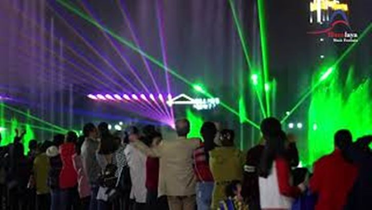 Amazing Laser Water fountain Show in China