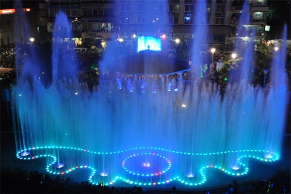 Tuxpan Park Pond Dancing Water Musical Fountain, Mexico