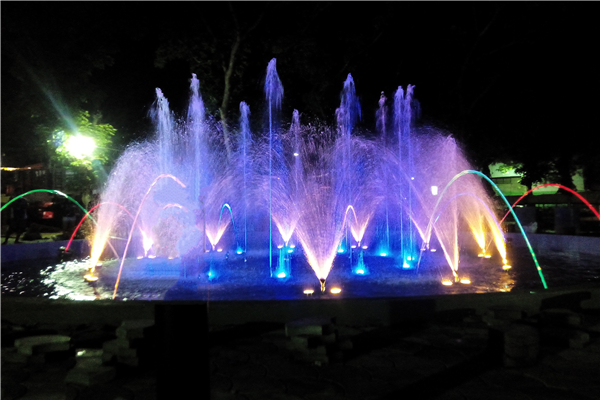 Toledo City Plaza Fountain Round Pond Water Dancing Fountain, The Philippines