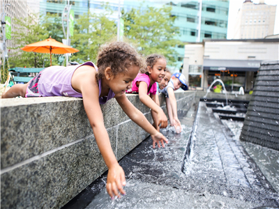 Be Careful Of The Outdoor Square Water Fountains