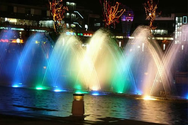 water pattern in fountain show